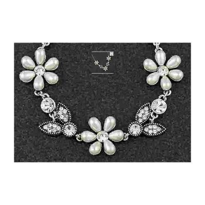 equilibrium Vintage Collection Pearl Flower Necklace